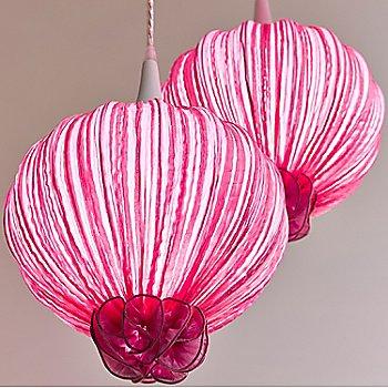 Pink / Detail view