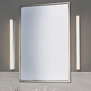 Artemis 900 LED Bath Bar / in use