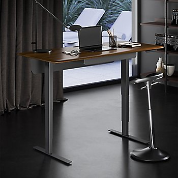 Sola Lift Desk, in use