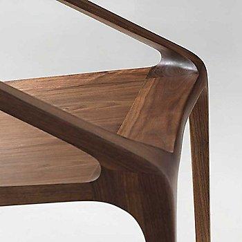 Walnut finish / Detail view