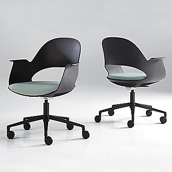 Black / Powder-coated Black with Focus / Sky upholstered seat