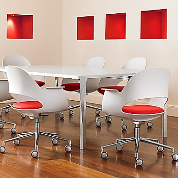 Mist / Polished Aluminum with Focus / Poppy upholstered seat / in use