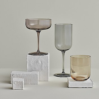 Smoke Glass color, in use