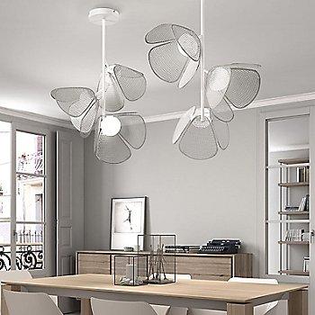 White/Metal White, 3 light, illuminated, in use