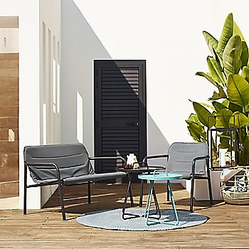 Pictured with the Kapa Lounge Chair, On the Move Side Tables and Defined Outdoor Rug (sold separately)