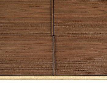 Natural Walnut finish / Detail view