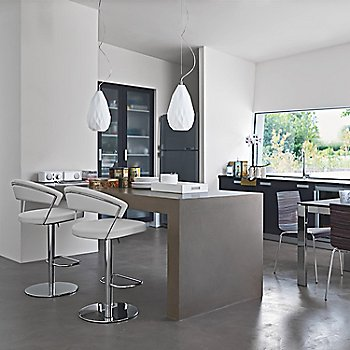 White Leather at the kitchen counter