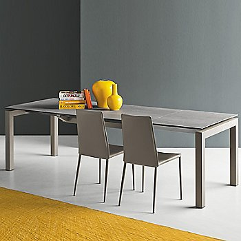 Airport Extending Table with Boheme chair