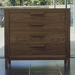 645 Weekend 4-Drawer Chest