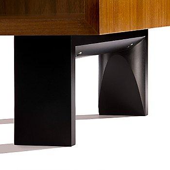 Optional Wood Leg base detail