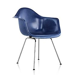 Eames Molded Fiberglass Armchair with 4-Leg Base