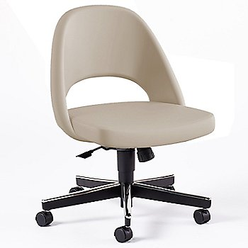 Shown in Volo Leather: Parchment Fabric Color