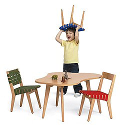 knoll kids Risom Amoeba Table