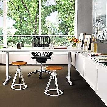 Piton Side Table - Work Environment