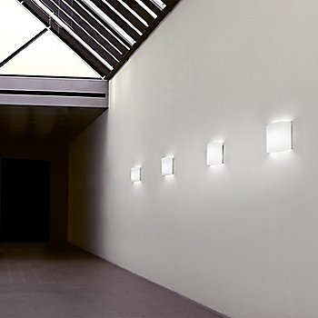 White Glass / in use