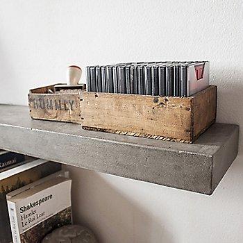 Sliced Shelf / In use