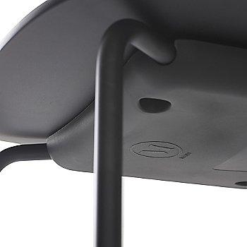 Black Oak Veneer finish / Detail view
