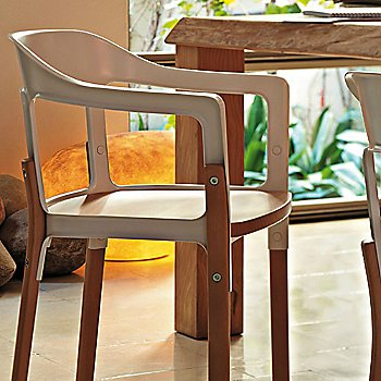 Magis Steelwood Chair / in use