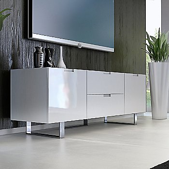 White Lacquer finish / in use