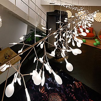 Heracleum Endless LED Suspension / illuminated / in use
