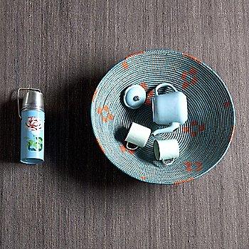 Grey / in use