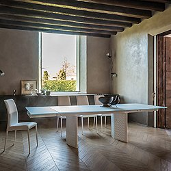 Venezia Glass Extension Table, 63/94.5-In.