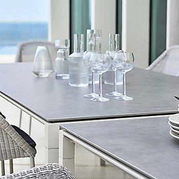 White base / Concrete Grey Ceramic top / Detail view
