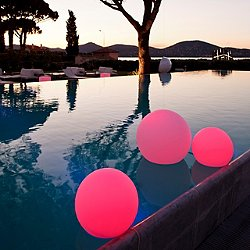 Ball Bluetooth LED Indoor/Outdoor Lamp