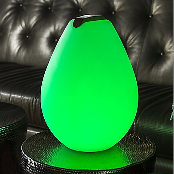 Vessel 2S Bluetooth LED Indoor/Outdoor Lamp / in use