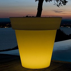 Gota Lighted Planter