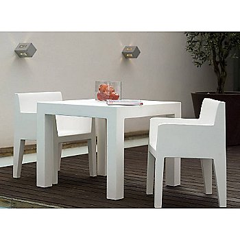 Jut Armchairs and Table