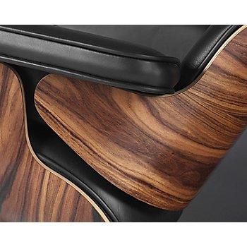 Walnut finish, Detail view