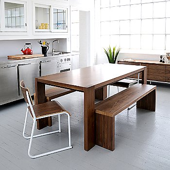 Walnut color, in use